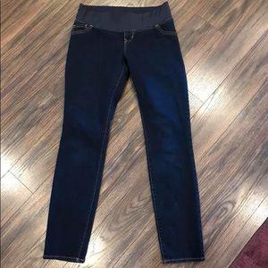 Old navy size 6 maternity jeans